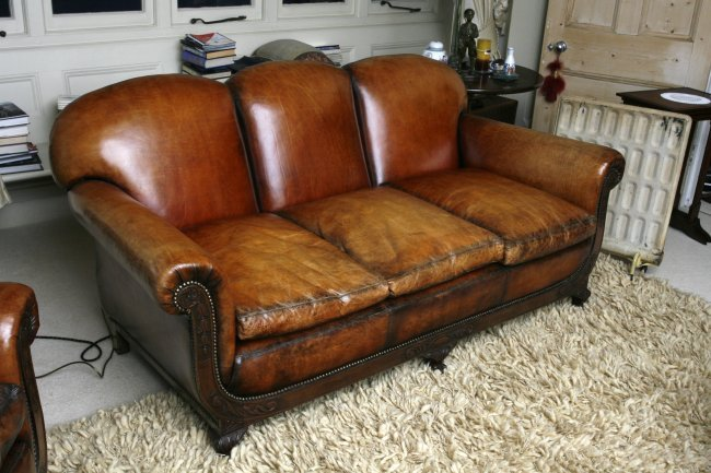 A pair of art deco chairs and a matching 3 seater settee